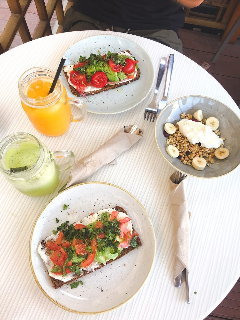 Crudo Cafe Malta
